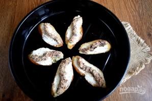 Брускетта с сардинами и сливочным сыром - фото шаг 3