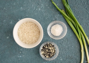 Рис с зеленым луком - фото шаг 1