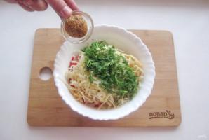 Крабовый салат без яиц - фото шаг 8