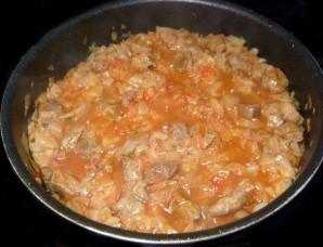 Солянка из свежей капусты с мясом - фото шаг 5