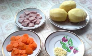 Картошка с ветчиной в духовке - фото шаг 1