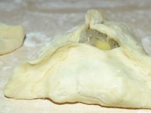 Треугольники с курицей и картошкой - фото шаг 7