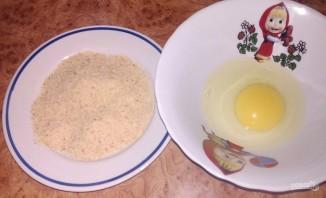 Молоки лосося в яйце и сухарях - фото шаг 1