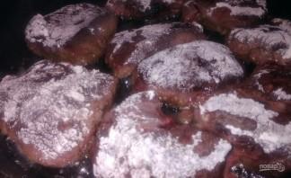 Жареная печень с прованским соусом - фото шаг 2