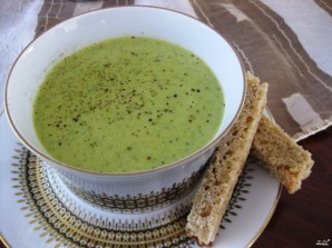 Суп-пюре из брокколи с курицей - фото шаг 4