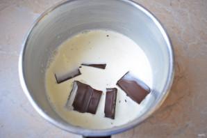 Глазурь для торта из шоколада и сливок - фото шаг 3