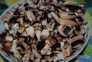 Вкусный салат с грибами - фото шаг 1