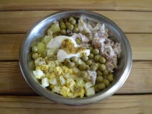 Салат к праздничному столу - фото шаг 5