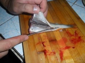 Окунь на сковороде - фото шаг 2