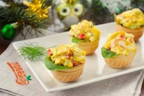 Новогодний салат в тарталетках - фото шаг 4