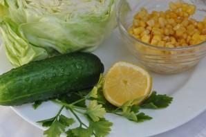 Простой салат с кукурузой консервированной - фото шаг 1