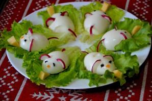 """Фаршированные яйца """"Мышки"""" - фото шаг 9"""