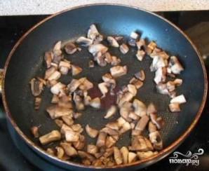 Котлеты из фарша с грибами - фото шаг 3