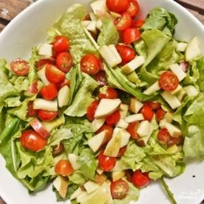 Салат с лососем и козьим сыром - фото шаг 5
