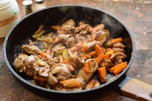 Куриная печень с сельдереем - фото шаг 7