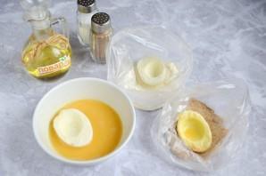 Обжаренные фаршированные яйца - фото шаг 3