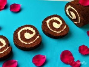 Шоколадный рулет (лучший рецепт) - фото шаг 5