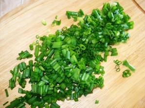 Салат из вареной рыбы - фото шаг 3