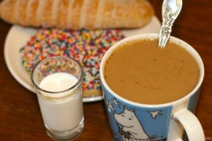 Кофе с молоком (рецепт) - фото шаг 4