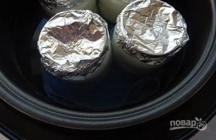 Йогурт с фруктами и ягодами в мультиварке - фото шаг 6