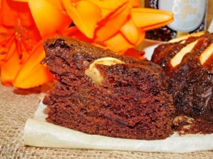 Шоколадный пирог с яблоками (без яиц) - фото шаг 5