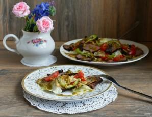 Салат с зеленым омлетом и говядиной гриль - фото шаг 8