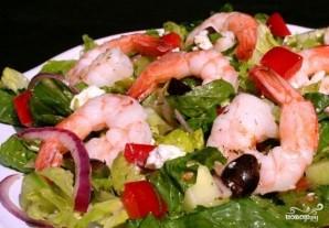Греческий салат с креветками - фото шаг 8
