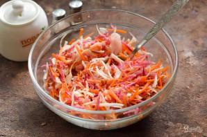 Салат из редьки с капустой - фото шаг 6