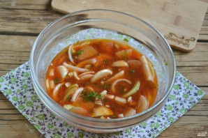 Лук в томатном соке на зиму - фото шаг 6