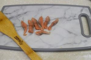 Салат из картофеля с форелью - фото шаг 4
