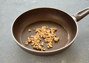 Салат с карамелизированной грушей - фото шаг 5