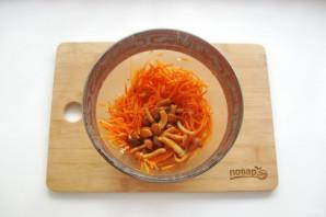 Морковь по-корейски с опятами - фото шаг 12