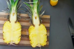 Салат из курицы с ананасом - фото шаг 1