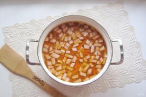 Рисовый суп с колбасой - фото шаг 10