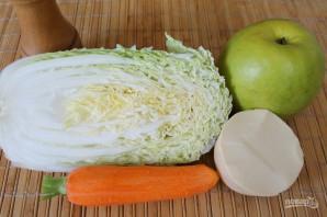 Салат с пекинской капустой и яблоком - фото шаг 1