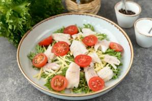 Салат с отварным окунем - фото шаг 5