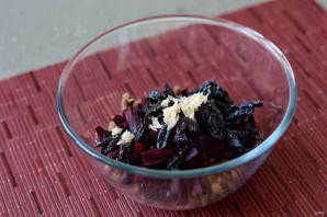 Салат из чечевицы и свеклы - фото шаг 6