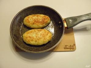 Зразы картофельные с грибами - фото шаг 10