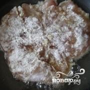 Отбивные из куриного филе на сковороде - фото шаг 5