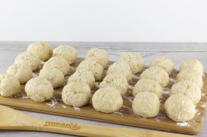 Творожные пончики с корицей - фото шаг 4