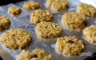 Простой рецепт овсяного печенья из овсяных хлопьев - фото шаг 3