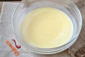 Пирожки с луком на кефире - фото шаг 4