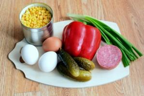 Блинный салат с колбасой - фото шаг 1