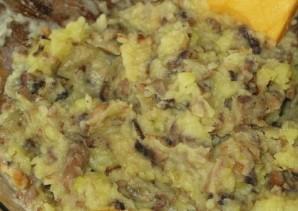 Слоеный пирог с грибами и картофелем - фото шаг 3