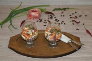 Салат с фасолью, ветчиной и сухариками - фото шаг 7