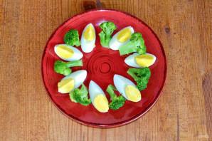 Салат из брокколи и огурцов - фото шаг 4