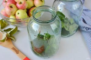Яблоки, моченые на зиму - фото шаг 3