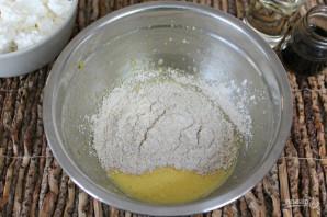 Сырники с овсянкой - фото шаг 3