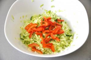 Салат из молодой зелёной капусты - фото шаг 5