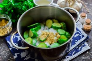 Салат из огурцов с горчицей и маслом на зиму - фото шаг 3